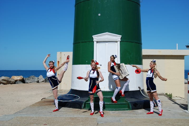 Sailor Cirque Gals (1)
