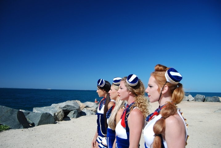 Sailor Cirque Gals (5)